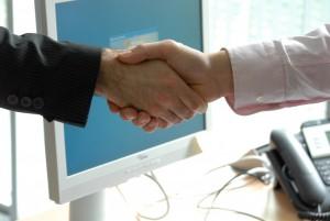 handshake-440959P3